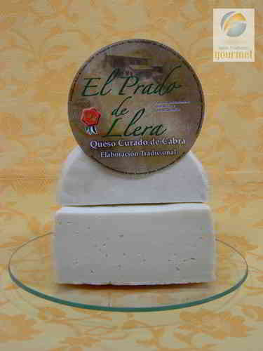Artisan Goat Cheese. The Prado de Llera.